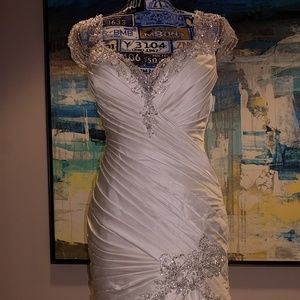 Jasmine Collection Dresses - Silky wedding gown w/silver detailed work, size 6